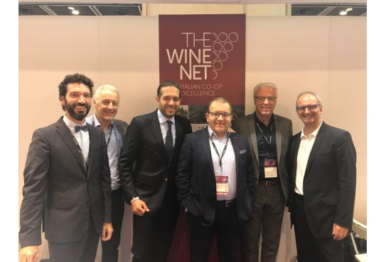 Successo delle cooperative The Wine Net ad Hong Kong