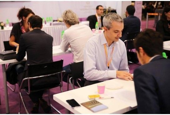 Are you expert in Asian markets? #HireMeVinitaly returns to Hong Kong to select Asian market professionals
